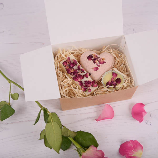 Rose and Peont Gift Set
